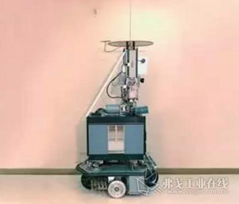 1968年 世界第一台智能移动机器人诞生