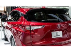 轻量化的复合材料后尾门将成为SUVs和自动驾驶汽车的首选