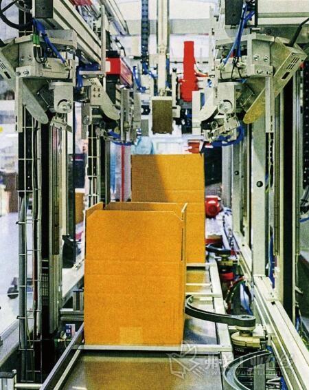 图3 具有不同高度和相应压纹凹槽的个性化基础形状,折叠纸箱经过如此优化后,以最小体积实现了最大程度的合理化包装和运输安全性