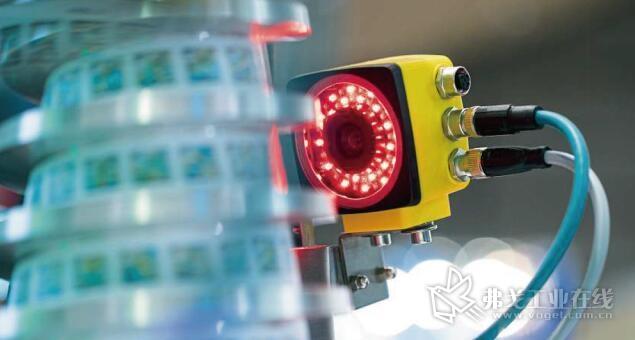 图1 新一代定位系统首次实现了仅凭单个传感器就能达到符合SIL 3/PL e标准的绝对安全定位