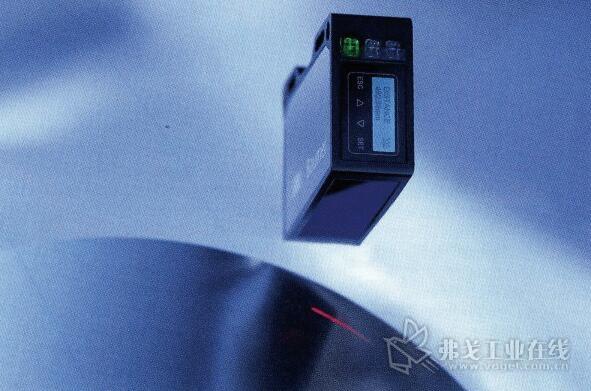 堡盟激光测距传感器具有不同的聚焦范围,从0.7m的分辨率开始,重复精度为0.1m,最大测量距离为70 mm