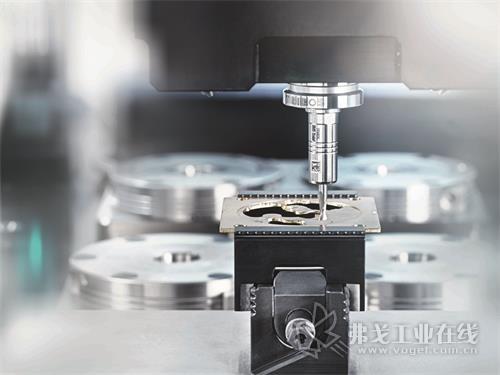 雄克TRIBOS刀柄的专利应力锁紧式夹持技术,达到了NOMOS Glashütte的要求