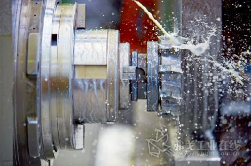 对冷却润滑剂的高效计量配料具有很多优点