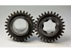 在CF-PAEK 传动轴上注塑成型齿轮