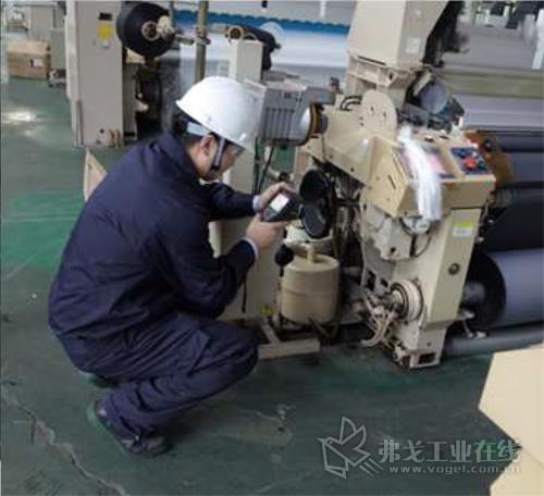 埃克森美孚工程师现场检测设备主齿轮箱温度