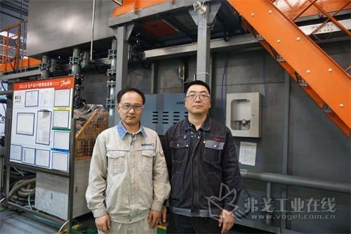 图1丹佛斯天津的王海青先生(图右)和烟台杞杨的张玉杰先生(图左)