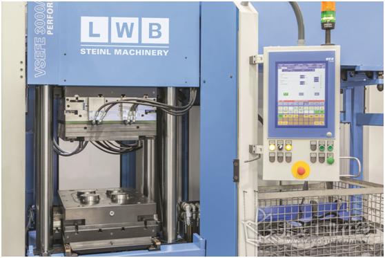 图1 自从2001年以来,LWB一直依靠贝加莱的塑料和橡胶注塑机控制和HMI解决方案
