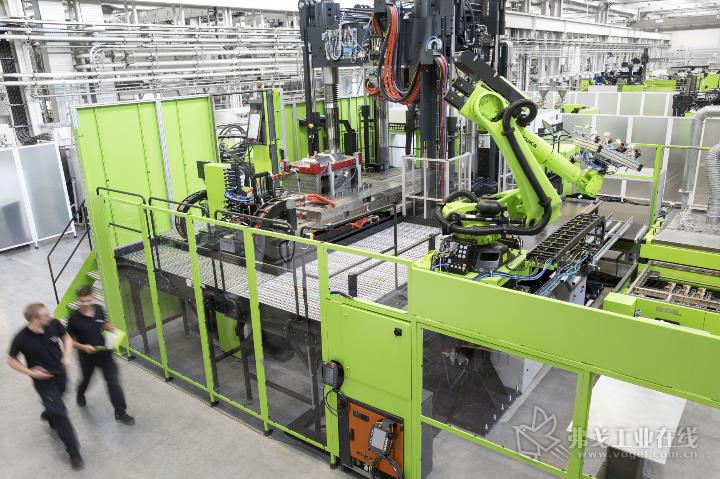 ENGEL的轻量化复合材料技术中心为其开发适合复合材料大批量生产的、经济高效的加工技术提供了基础