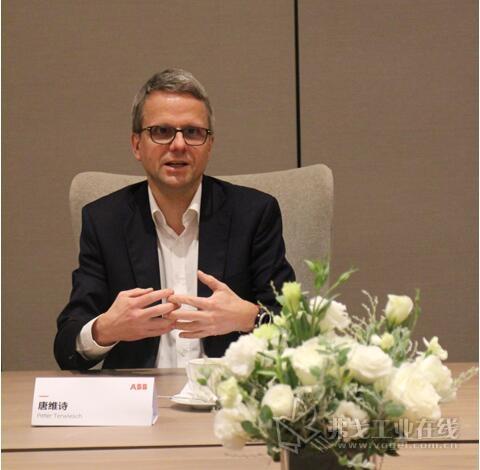 ABB集团工业自动化事业部总裁唐维诗先生