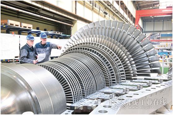 图1 蒸汽涡轮机在可再生能源生产中承担着能量转化的任务,例如在生物质火力发电厂中或者太阳能发电设备中