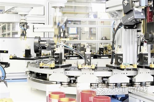 雄克模块化高性能装配系统提供10,000多种变型