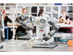 人机协作引领机器人产业未来发展