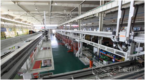 装配工厂桁架机器人自动化生产线