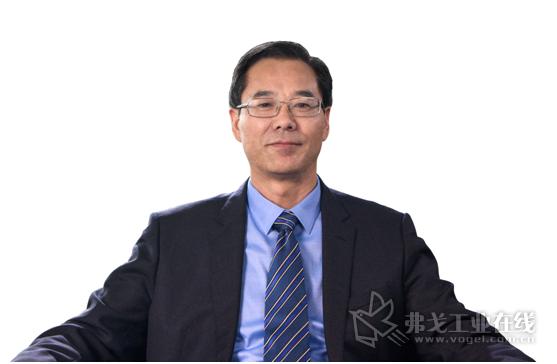 安徽叉车集团有限责任公司党委书记、董事长 张德进先生