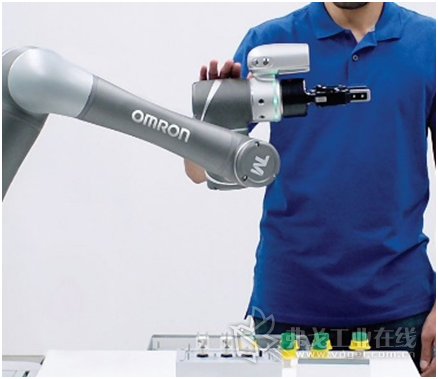 欧姆龙TM协作机器人