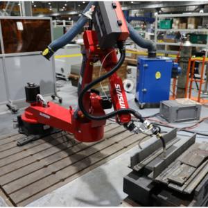 新松:新松7轴焊接机器人