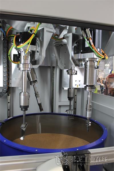 图3 Otec流式精加工机器的内视图