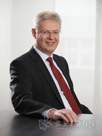 西门子股份公司数字化工业集团运动控制部CEO Wolfgang Heuring博士