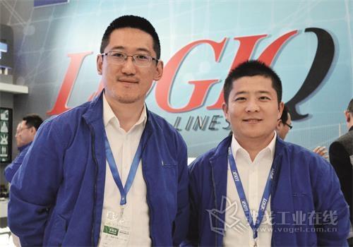 伊斯卡刀具国际贸易(上海)有限公司产品总监孙庆丰先生(左)和车削产品经理贾特先生(右)
