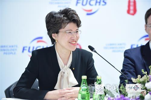 图2福斯中国首席运营官、苏州工厂项目负责人吴朝昀女士