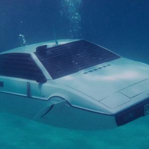 马斯克又放话了!特斯拉正研发潜水车