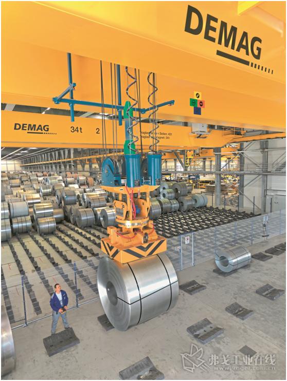 图2 在Stahlo公司新的物流中心中12台Demag起重机使公司的生产能力翻了一番