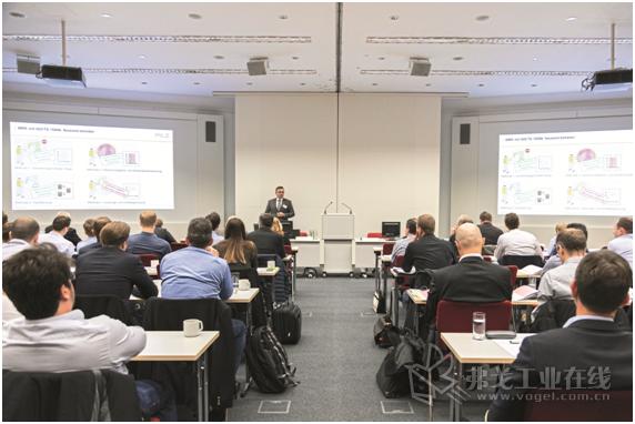 图1 Pilz安全技术公司的Thomas Pilz在MRK用户活动日中做主题演讲报告