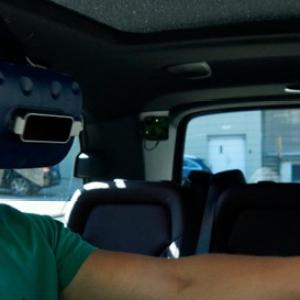 戴姆勒卡车用移动模拟器测试数字汽车系统 了解驾驶舱是否对用户友好