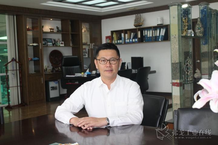 信易集团总经理 吴峻睿先生