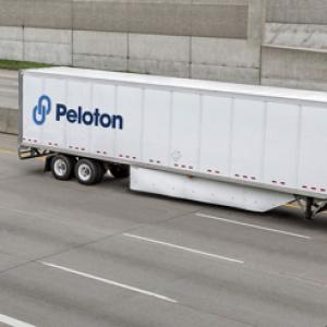 Peloton发布L4级自动列队跟驰解决方案 使驾驶员能控制两辆卡车
