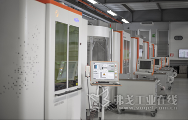 Standex Engraving Mold-Tech拥有31台AgieCharmilles激光纹理加工机床,其中14台位于欧洲,7台位于美国和10台位于亚洲。他们可以更快和更高质量地完成复杂模具的表面的精加工任务