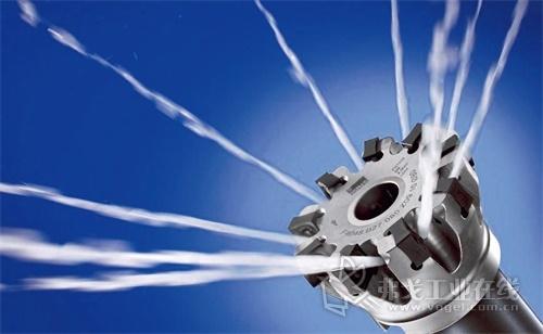 Hycut系列的切削和研磨油是以合成酯油为基础,并提供非常好的润滑效果