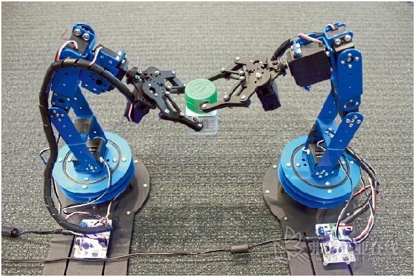 美国麻省理工学院研发的射频信号识别系统利用RFID射频识别技术使机器人能够更加准确的判断目标物的空间运动位置