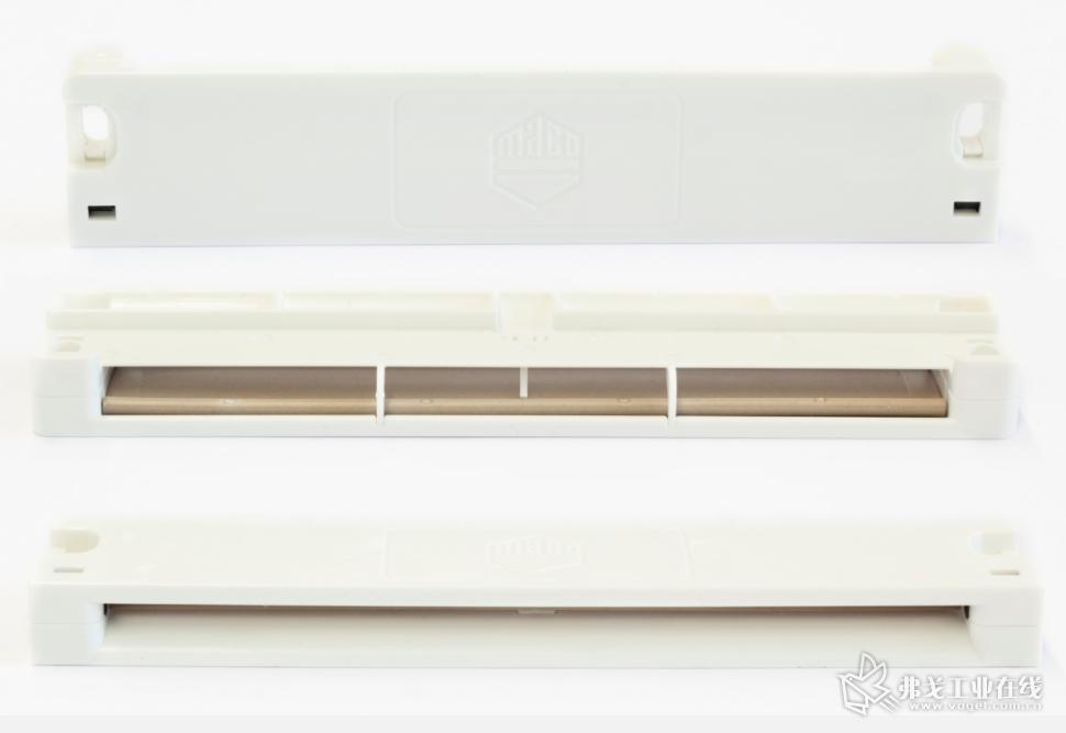 MACO生产的窗槽通风口由5个单独的部件组成(图片来自威猛巴顿菲尔)