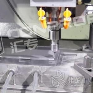 案例|5G时代,成本降低50%的3D热弯玻璃石墨模具加工解决方案
