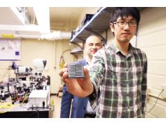 多伦多大学研发便携式量子光传感器 或可提升自动驾驶汽车探测能力