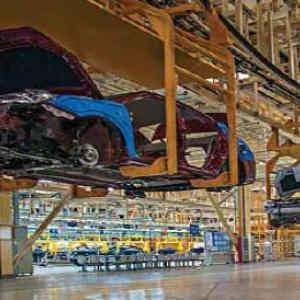 汽车制造企业的供应链优化