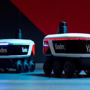 Yandex正在测试人行道自动驾驶配送机器人 其它业务或受益