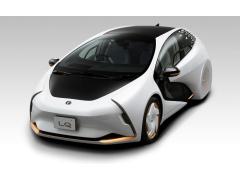 松下为丰田研发无人驾驶代客泊车系统 配大屏AR抬头显示器